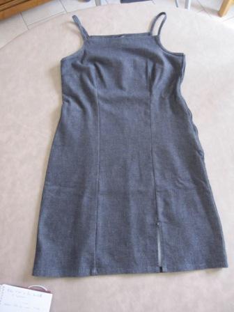 Robe été jean brut avec elasthane 4€: