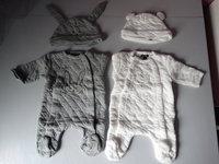 Pyjamas 1 mois avec bonnets assortis