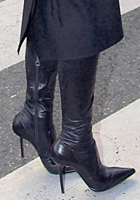 victoria_beckham-boots-1b