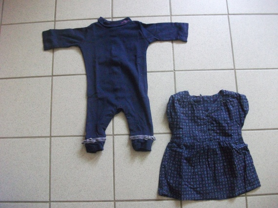 Ensemble body + robe bleue 1 ere vue 5 euros