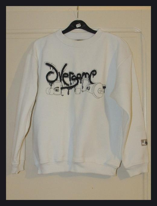 Pull Blanc Overgame Taille 14 ans TBE