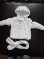 manteau kiabi avec echarpe 1mois 3€