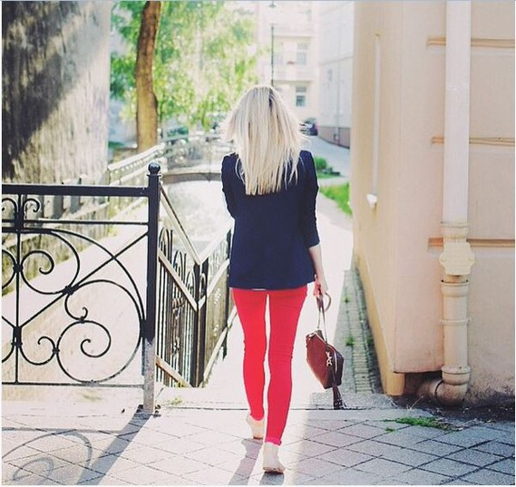 red jeans2