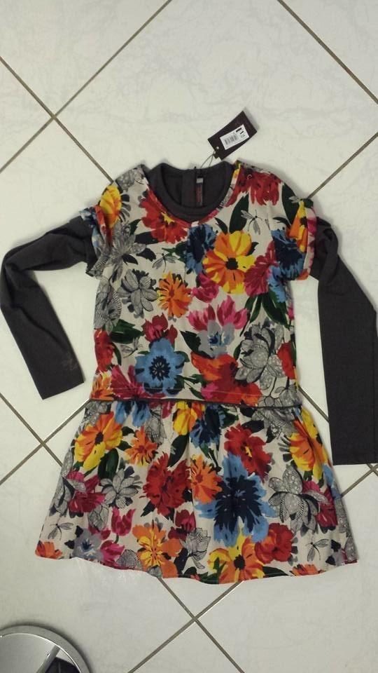 robe neuve catimini avec manche amovible 35€ (prix magasin 54€)