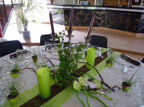 Bouquets mari e dh voiture centre de table for Centre de table maison