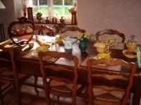 31035879petit-dejeuner-sur-la-table-de-ferme-jpg