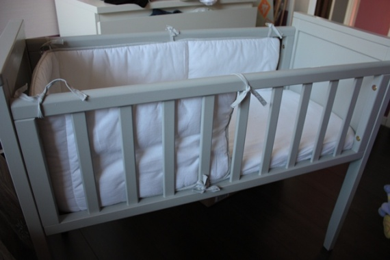 berceau eva natalys avec tour de lit 110 d battre. Black Bedroom Furniture Sets. Home Design Ideas