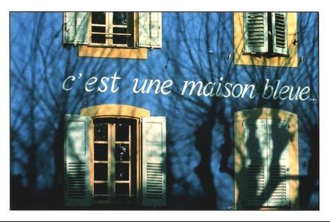C 39 est une maison bleue ladymoon1 doctissimo - Chanson une maison bleue ...