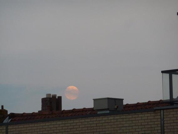 lune août 1