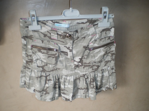 jupe militaire 2.50 euros
