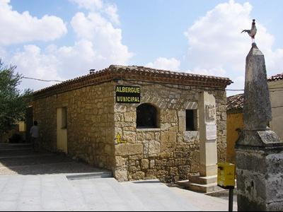 0444[1].D13 - Hornillos del Camino 03-- Albergue 01