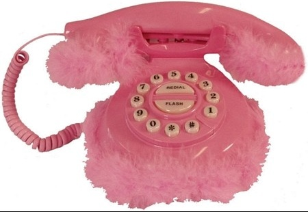 telephone-fourrure-rose