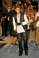 Justin+Bieber+leather+clad+Justin+Bieber+stops+wPNy4rm7bGGx
