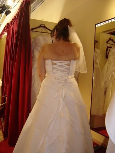lacet et robes de mari e robes de mari e mariage On robes de mariée avec lacets dos