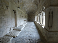 Cloître de Vaison la Romaine galerie
