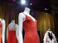 Robes rouges portées par DALIDA