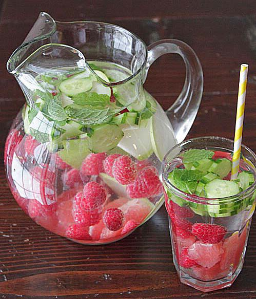 4-eau-detox-concombre-franboises
