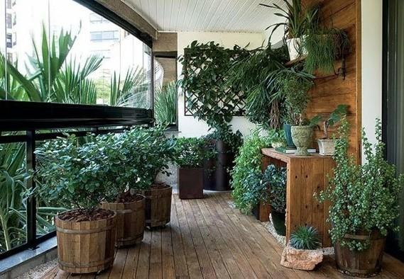 aménagement-balcon-idee-parapet-plantes-brise-vue - 300 idées déco ...