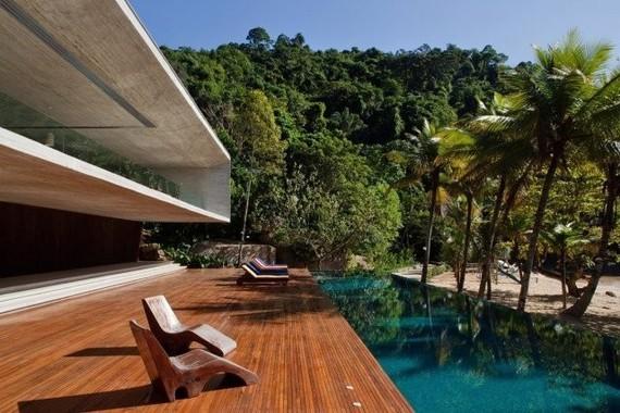 piscine-exterieur-palmier-touche-exotique-amenagement-jardin ...