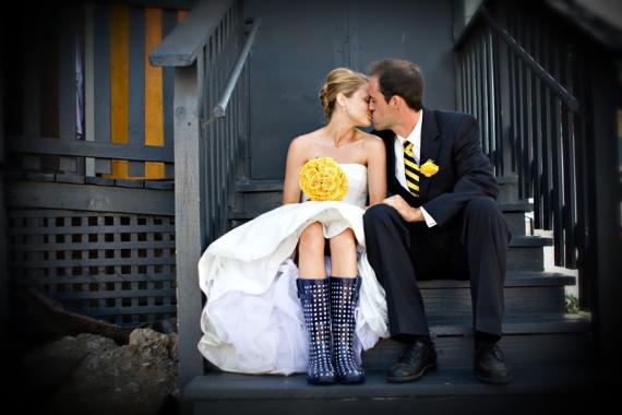 bride-in-rain-boots