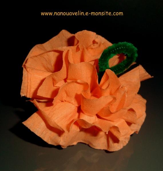 Citrouille en papier cr pon copie bricolage enfant halloween nanouavelin photos club - Citrouille halloween en papier ...