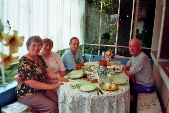 Repas de famille vacances en meurthe et moselle 54 aout for Idee repas convivial en famille