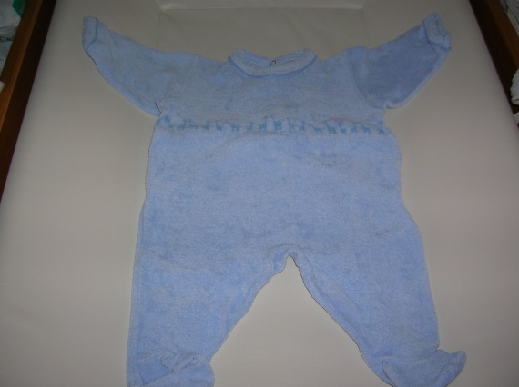 DSCN3439 - pyjama - 2 euros - PETIT BATEAU - 1 mois