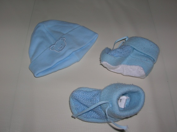 DSCN3452 - chausson ou bonnet - 1 euro piece