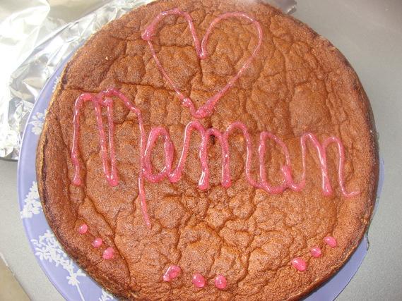 Gâteau magique au chocolat pour les mamans. Bonne fête !