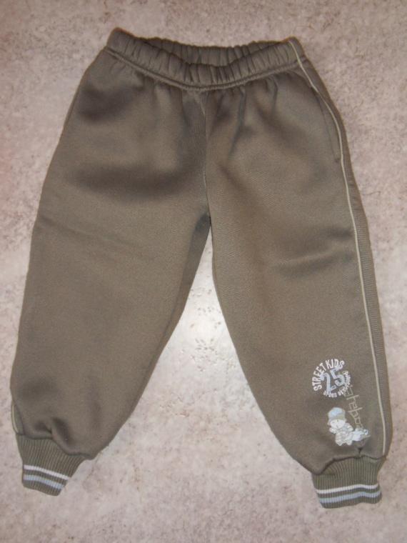 Pantalon sweat Kaki clair 1 e  3 ans