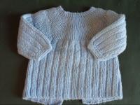 tricot main 3 mois 2 e HERRERIAS LBC 17.11.10