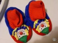 1 e chaussons clowns