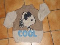4€ Pull bien épais , tricoté main , TBE