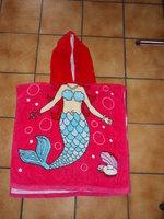 5€ Poncho de bain Sirène Framboise TBE