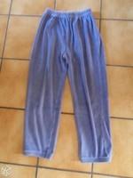 8 ans pantalon de pyj 1€