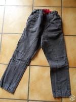 2€ pantalon gris carreaux 6 ans