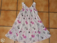 6€ robe fluide Taille 6 ans