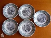 35€ Assiettes Napoléon Sarreguemines Mr MARIO Clichy le 12-01-17