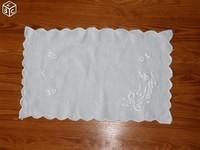 napperons 43 x 27 cm rectangulaire à 2€