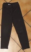 taille 5 ans noir sans marque 1€