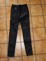 6€ taille 34 correspond 14 ans promod