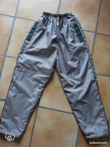 4€ pantalon doublé polaire 10 ans