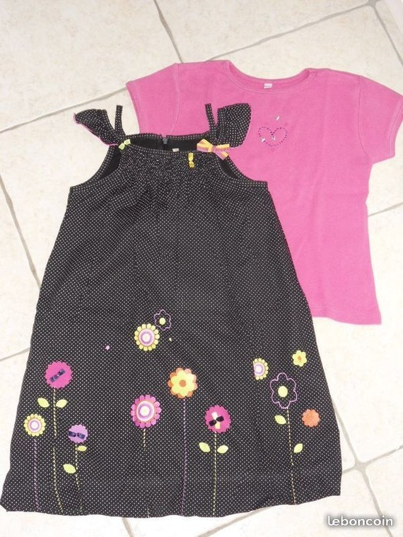 8€ Robe boule orchestra + tee shirt 6 ans