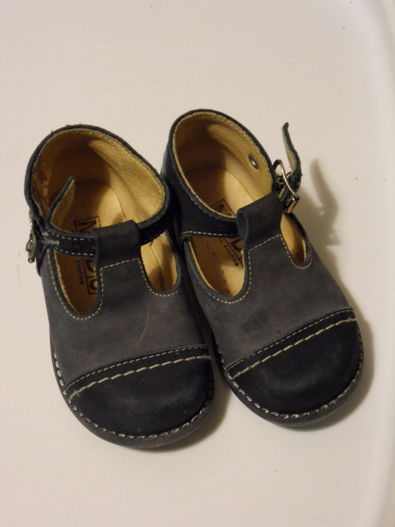 sandales T19 (1 euro) BON COIN