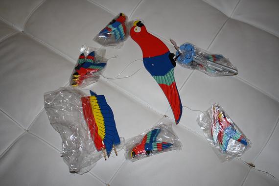 Déco ara macao a suspendre (De Guyane)