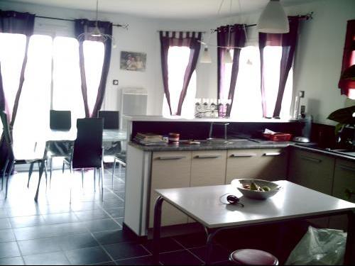 Cuisine ouverte salon cuisine ouverte sur salon avec for Ouverture cuisine sur salon