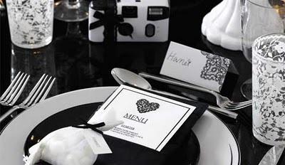 01 idees theme de mariage table noir et blanc cinema baroque opposes mon ma - Plan de table mariage baroque ...