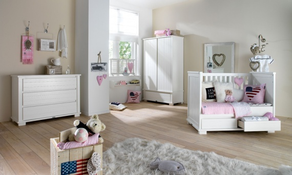 La chambre ou petit coin de nos b b futures mamans forum grossesse b b for Deco chambre bebe mansardee