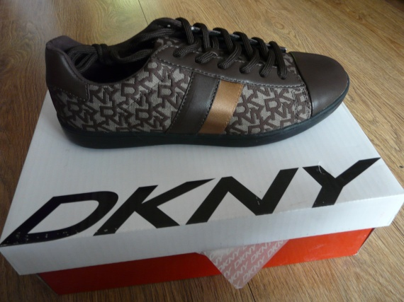 Chaussures Homme DKNY P.42.5