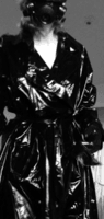 Temptation in shiny black